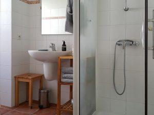 Les gites du cabardes salle de bains