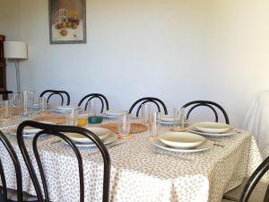 Grande capacite, grand table